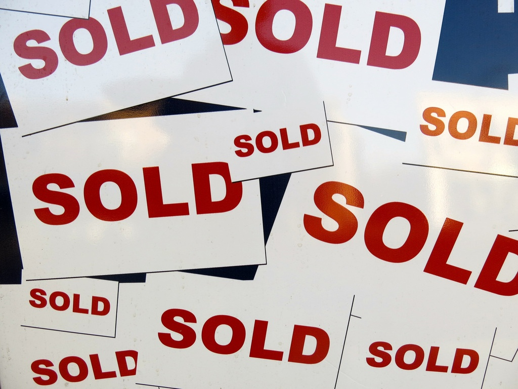 """7 (+1) Reasons """"Sales"""" Is NOT a Dirty Word"""